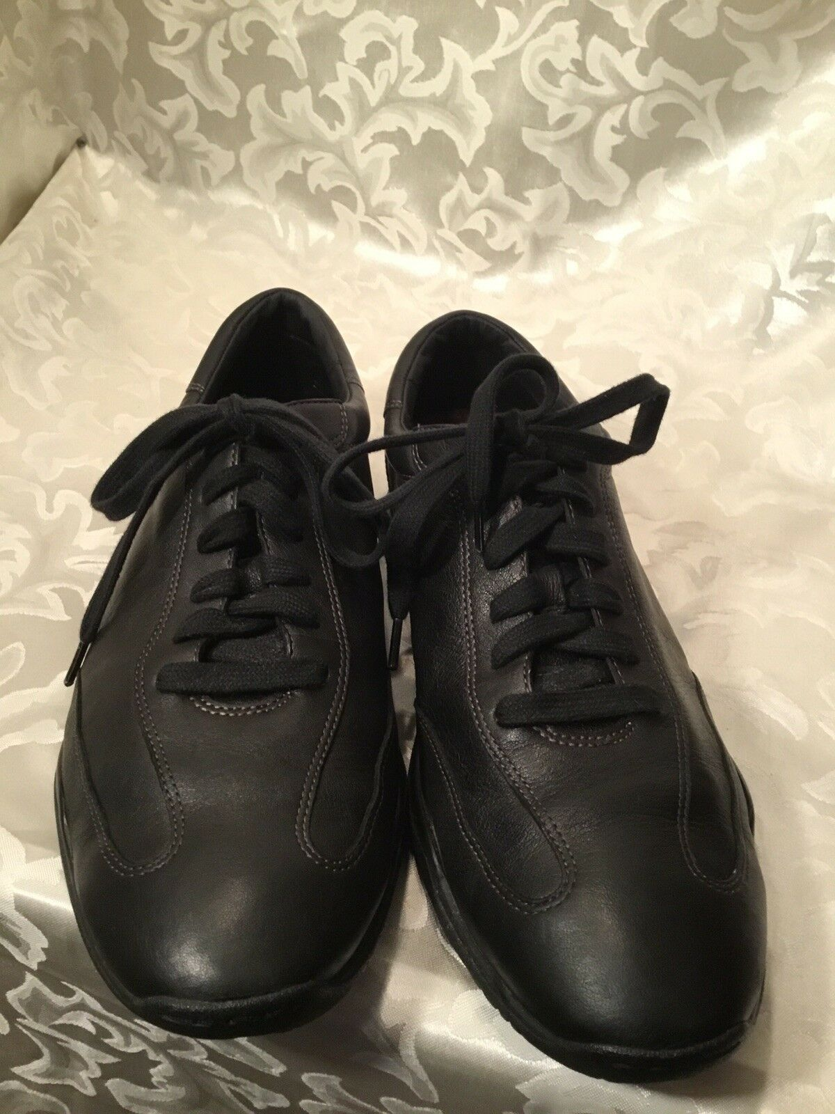 Cole Haan NikeAir Mens Black Leather Lace Up Casual Fashion Sneakers 10.5M NICE