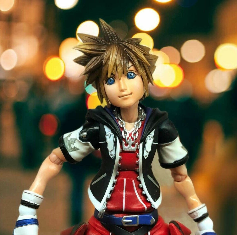Genuine Play Arts SQUARE ENIX Sora Kingdom Hearts 2 Action Figure