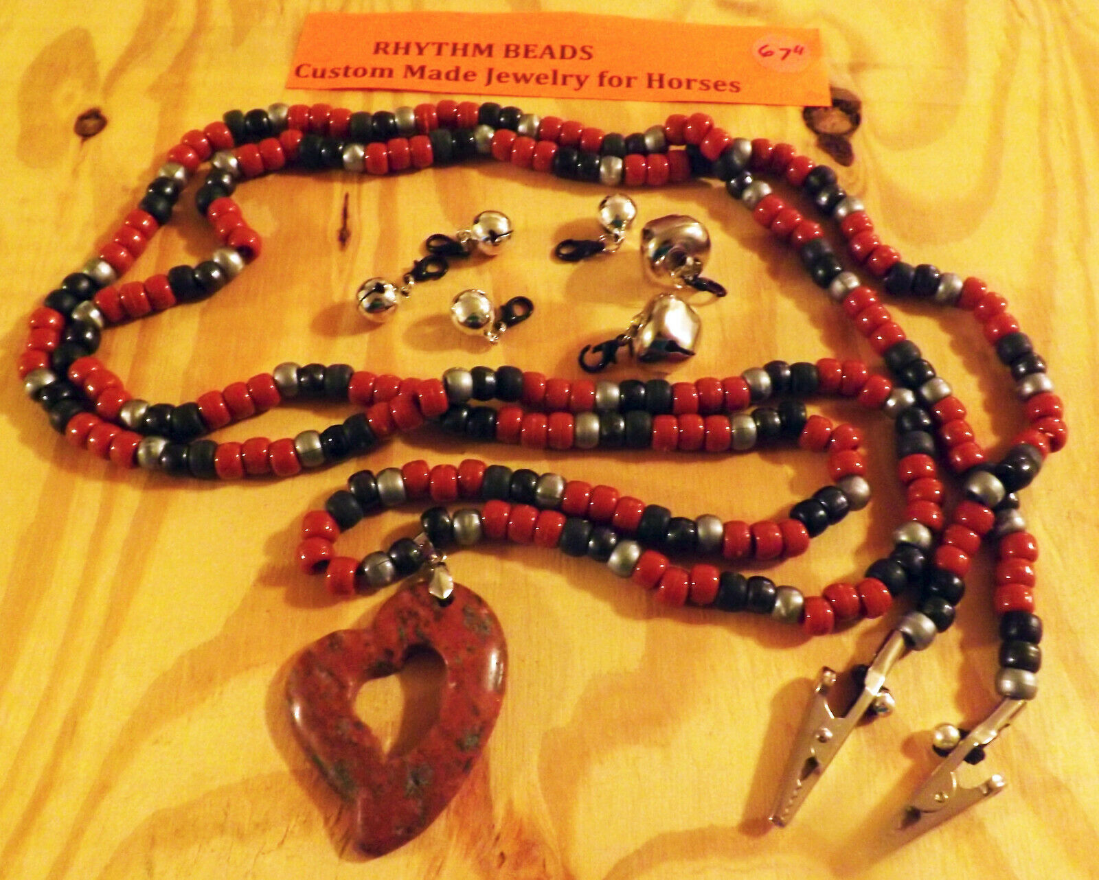 Rhythm Beads For Steeds Jewelry for Horses W Agate Pendant & Detachable Bells