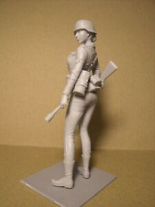 Bon CœUr Figurine 1/18 Girl EloÏse Vroom For Minichamps Ultimate Soldier 1/18