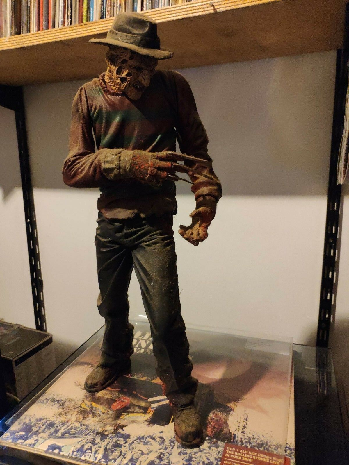 FrougeDY KRUGER NIGHTMARE ON ELM STREET ACTION FIGURE 45CM