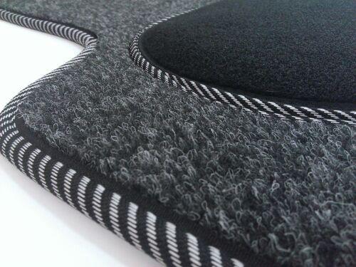 Maßgefertigte Fußmatten für Mercedes W245 Velours Anthrazit Komplett Set