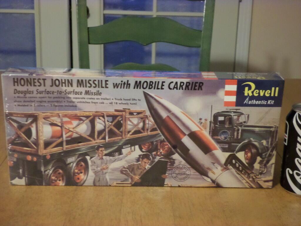 DOUGLAS   HONEST JOHN - SURFACE MISSILE with MOBILE CARRIER, PLASTIC MODEL KIT
