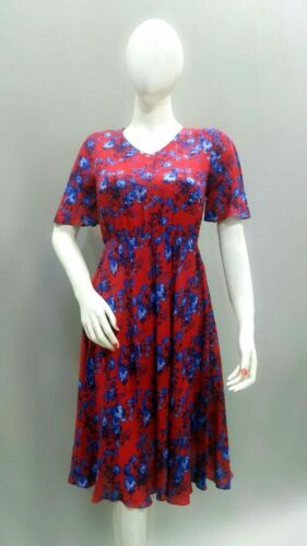 Linen Blend Plus Size 20 to Plus Size 30 Frock Dress in Floral Print