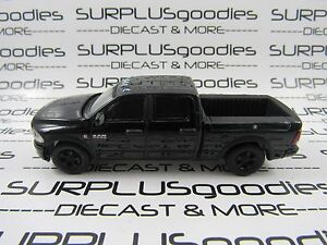 Greenlight-1-64-LOOSE-Murdered-Out-Black-2017-DODGE-RAM-2500-Dual-Cab-Pickup
