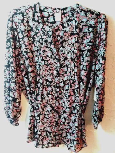 Women-Size 0X,1X Ladies-Black Floral-2 Button-Tunic//Top-W//Belt TERRA /& SKY 2X