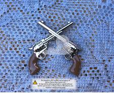 "Western Equestrian Tack Crossed Colt Peacemaker Revolver Pistols 1 1/2"" Concho"