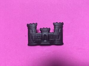 US-ARMY-CORPS-OF-ENGINEERS-SUBDUED-CASTLE-BADGE-MEASURES-1-1-4-INCHES
