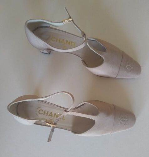Chanel Shoes 38.5 8.5 Narrow Silk Biege Nude Gold