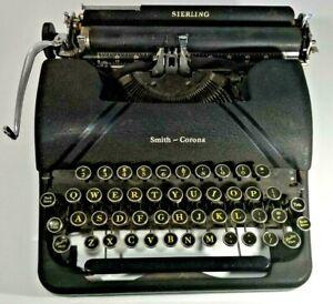 VINTAGE SMITH CORONA CLIPPER TYPEWRITER - Untested