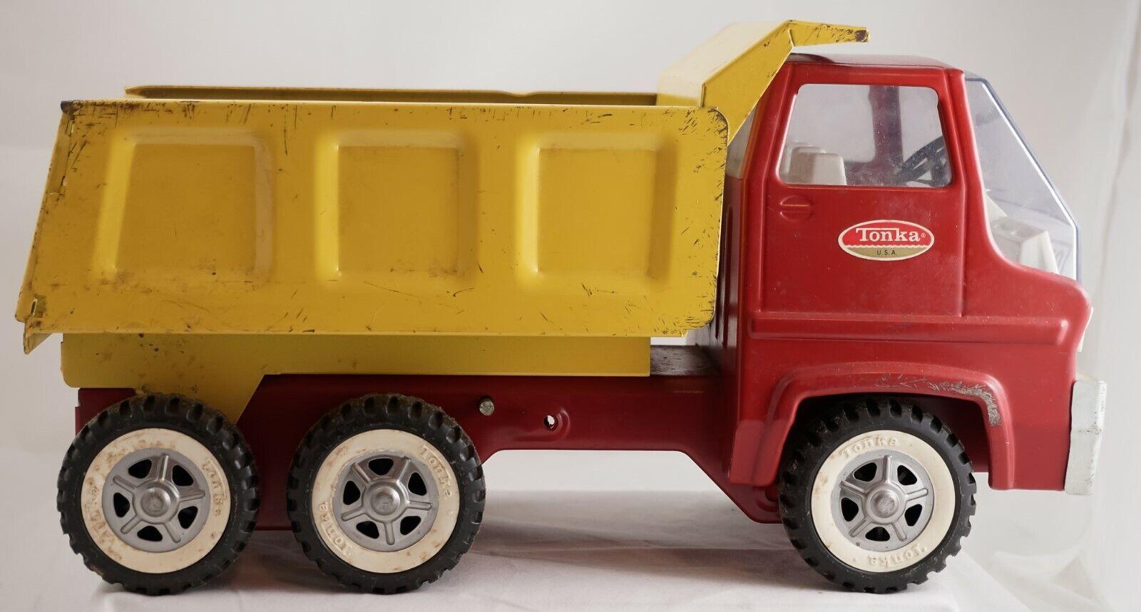 Venta barata Tonka Vintage Rojo y Amarillo Manual Camión Camión Camión 1970 o 1971 Neumáticos Dual 14   venta con descuento