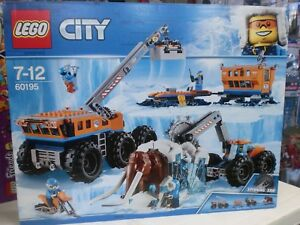 LEGO CITY 60195 Arctic Expedition Base Mobile di Esplorazione Artica