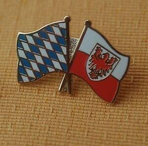 Freundschaftspin-Bayern-Suedtirol-Pin-Badge-Button-Anstecker-Anstecknadel
