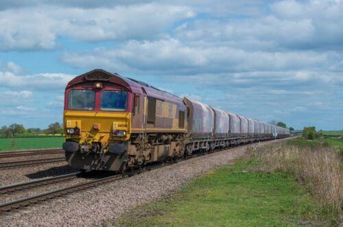 Print Art Train Railway EWS Class 66 Large Canvas Of Class 66106