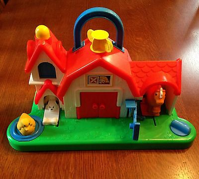 """Vintage """"Fisher-Price"""" Barn w/Moving Parts - 1987"""