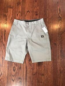 NWT-45-Men-s-Volcom-V-Monty-Gray-Mondern-Fit-Shorts-Size-28