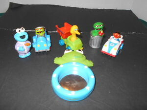 Vintage Sesame Street Action Figures Toy Lot Of 6 From 1980 S Collectibles Ebay