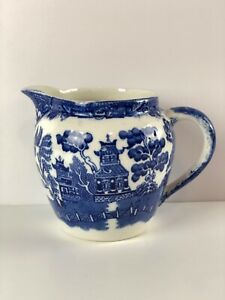 Vintage-Blue-Willow-Allertons-Creamer-Made-In-England-Preowned