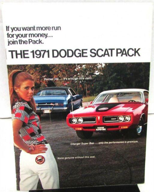 1971 Dodge Dealer Color Sales Brochure Dodge Scat Pack Models Charger Challenger