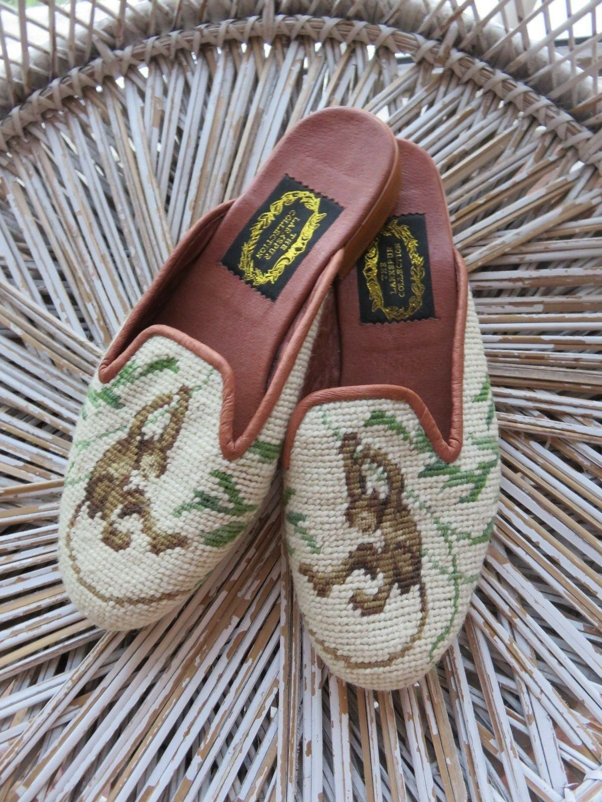 LARKSPUR COLLECTION BROWN MONKEY/GREEN NEEDLEPOINT LOAFER SLIPPERS XSM