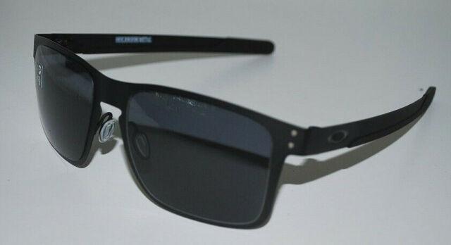 Oakley Holbrook Metal Sunglasses OO4123-0155 Matte Black/Grey NEW