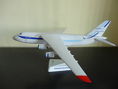 1/250 Ruslan International Antonov An-124 Desktop Airplane Model