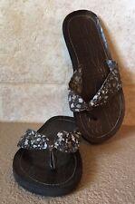 447c1854db597 item 6 Women s Roxy Brown Fabric Thongs Flip Flops Sandals Shoes Size 6 -Women s  Roxy Brown Fabric Thongs Flip Flops Sandals Shoes Size 6