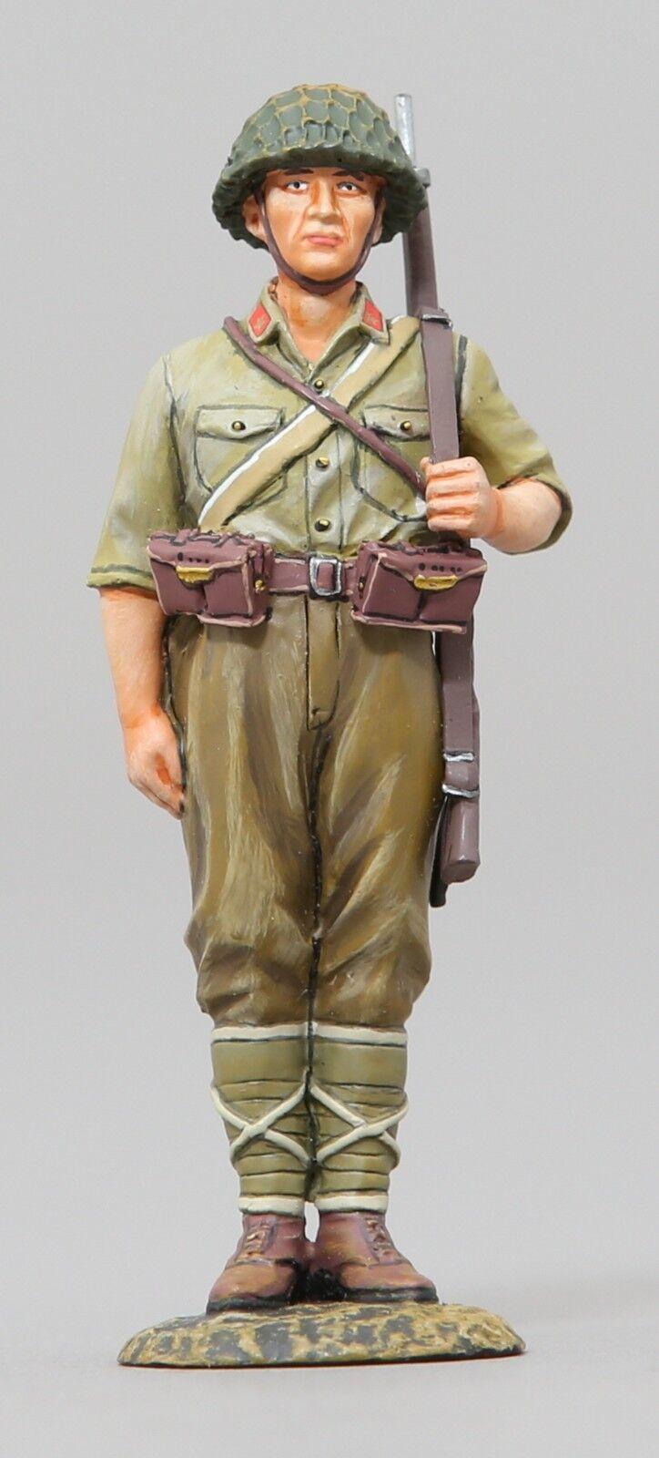 THOMAS GUNN WW2 PACIFIC RS057B JAPANESE INFANTRY MARCHING WEARING HELMET MIB