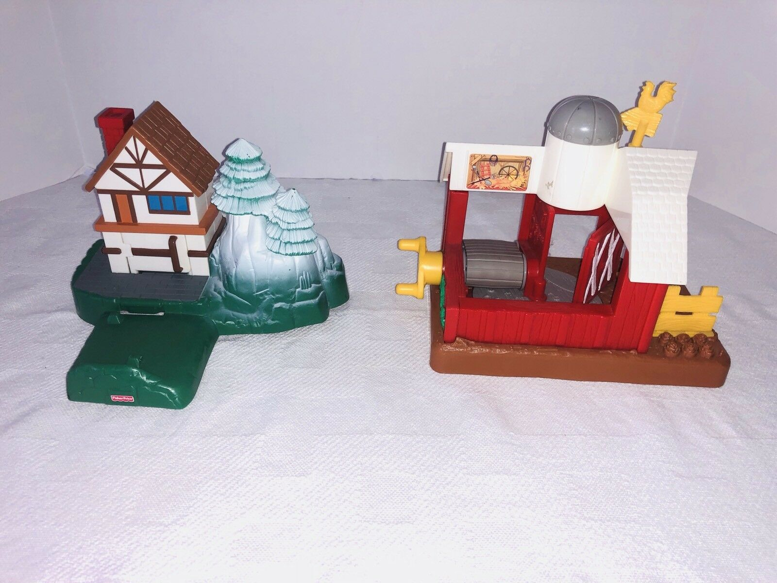 Fisher Price Little People Discovery Village Mine Construction Farm Train Train Train Setup 740140