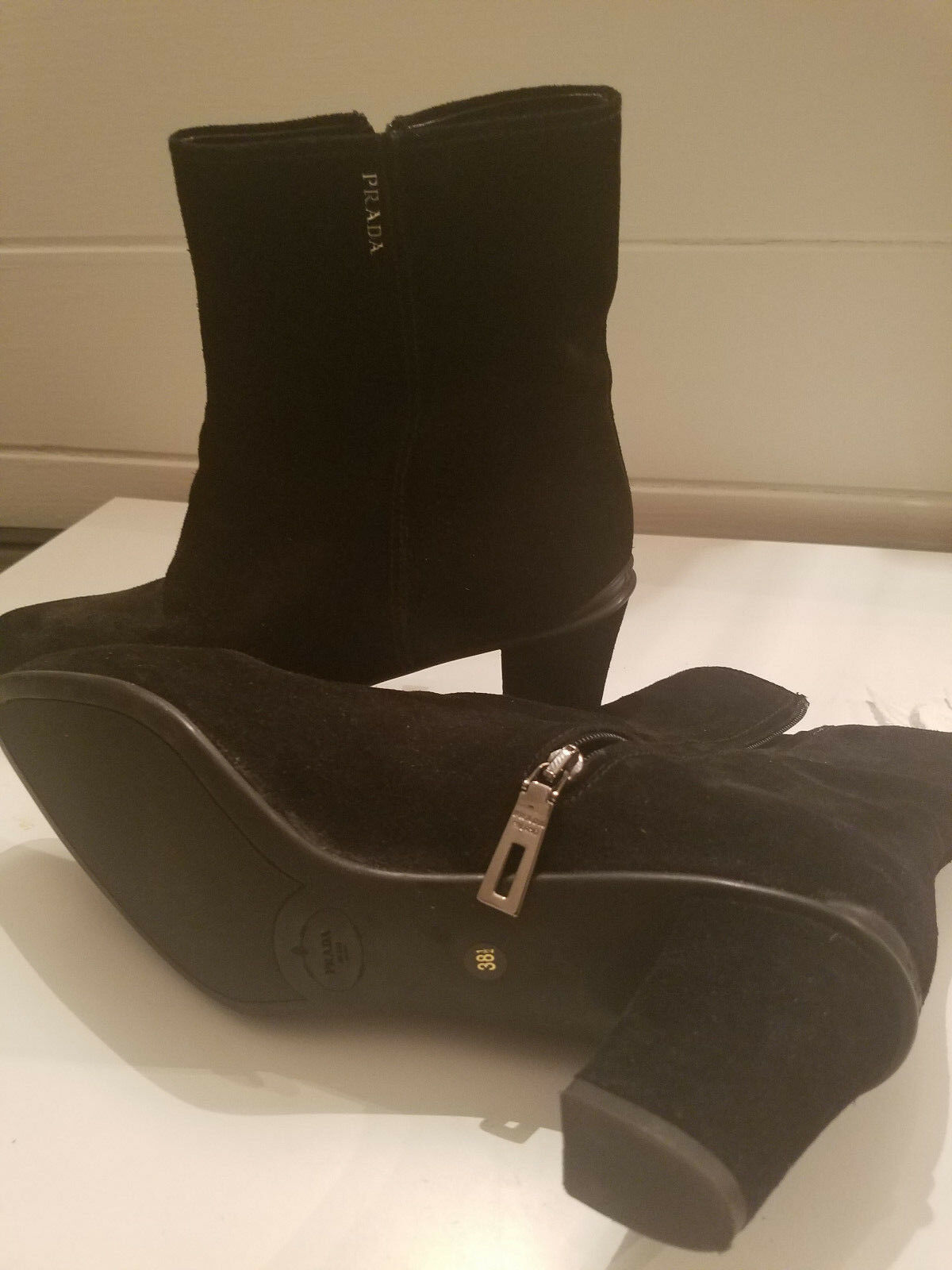 Very Very Very Attractive Authentic Prada shoes 8fac22