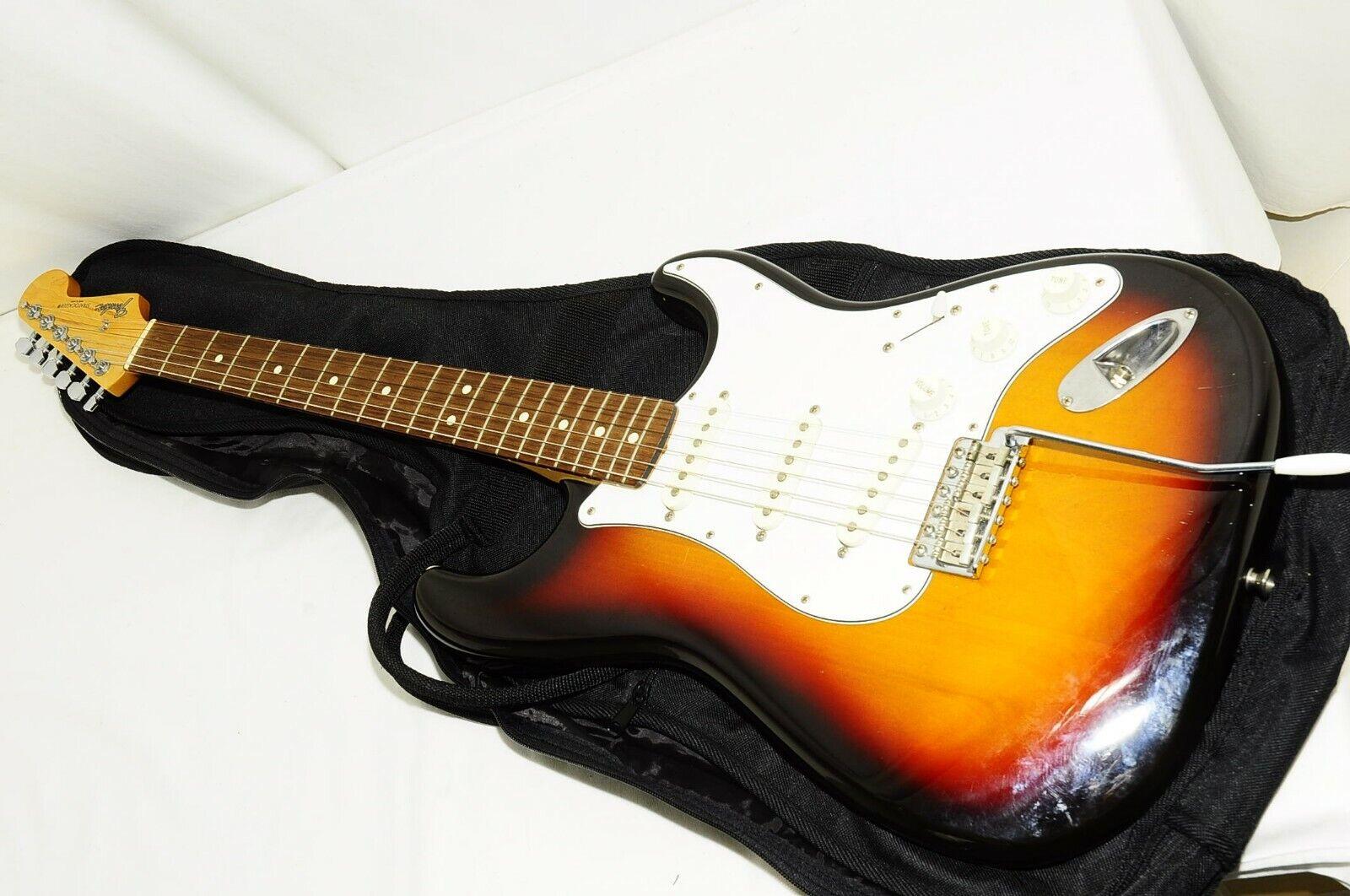 Excellent Fender Japan Stratocaster Q Serial Electric Guitar Ref No 2540