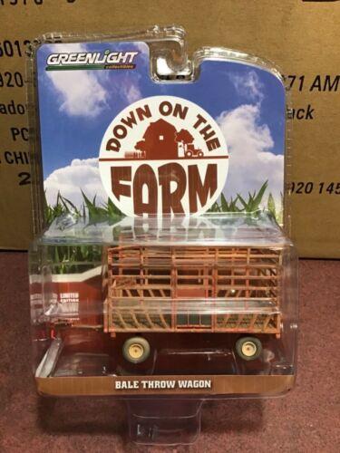 Greenlight DOWN on the FARM Series 4 Bale throw wagon weathered