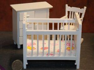 Dollhouse miniature white wooden baby rocking cradle crib nursery rooO/_ EW