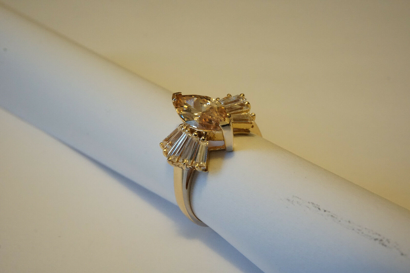 14K Yellow gold Lime Citrine Ring size 7