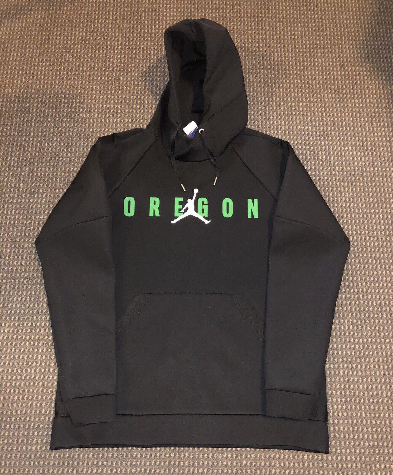 Nike Air Jordan Oregon Ducks Tech Pullover