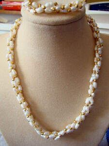 97bd6e48c5daf Details about FRESHWATER RICE PEARL & GOLD BEAD NECKLACE AND BRACELET SET