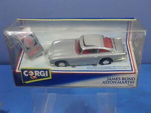 Corgi Toys Modèle 94060 'James Bond' Aston Martin Db 5 avec insigne 007