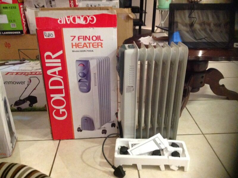 GOLDAIR 7FIN OIL HEATER R480.   0714437462