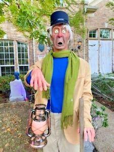 LIFESIZE-Haunted-Mansion-Caretaker-COMPLETE-PROP-Disneyland-50th-D23-Gallery