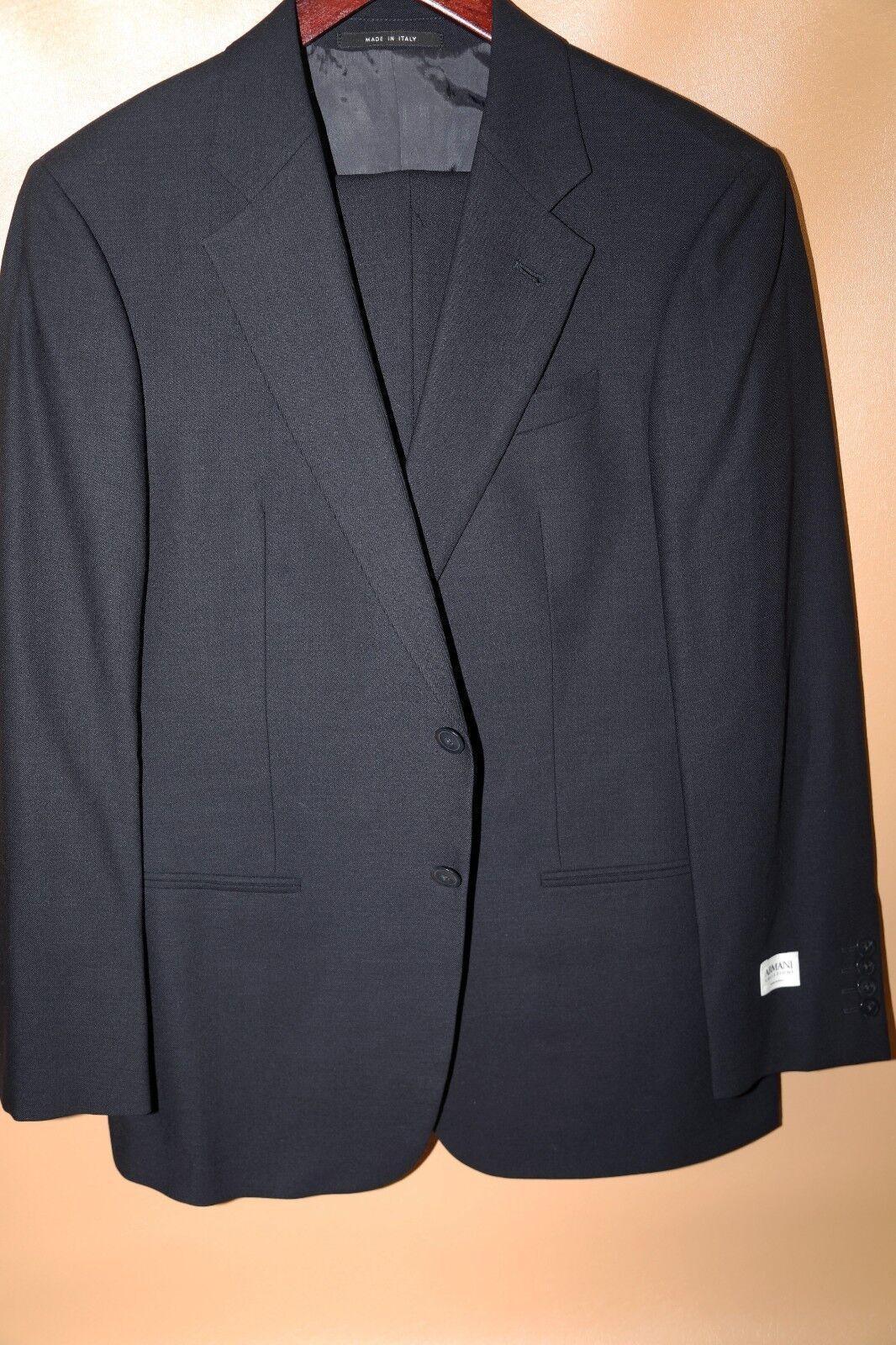 265 Armani Collezioni Navy Two Button Suit Größe 40 Short