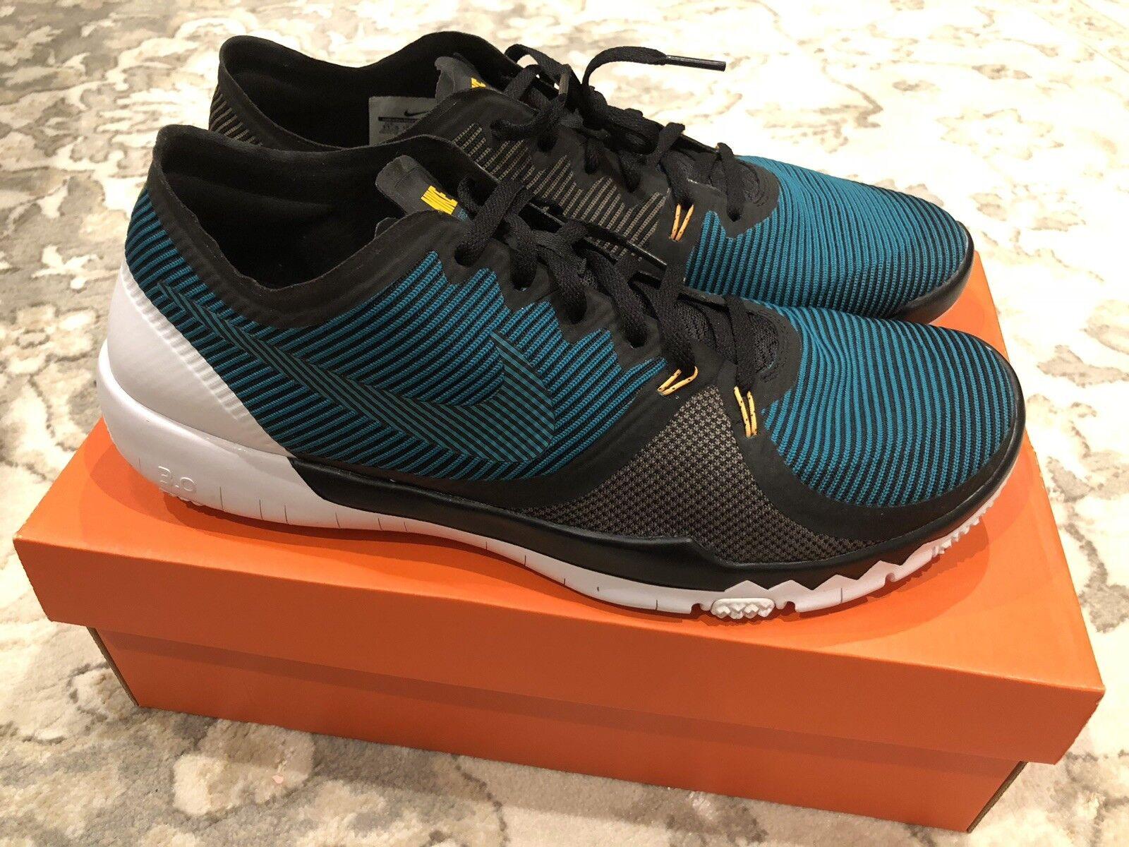 Nike Free Trainer 3.0 V4  11.5