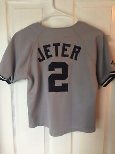 low priced fa467 c0872 Details about New York Yankees - Derek Jeter Jersey -- Majestic - Youth  Large - Gray