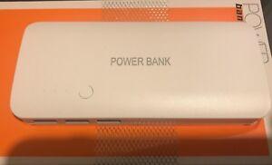 12000-Mah-Power-Bank-Cargador-de-bateria-para-iPhone-iPad-Samsung-HTC