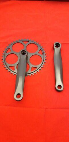 Kurbelsatz 170mm 44 Zähne schwarz *4 Kant* City Rad Kettenradgarnitur Stahl