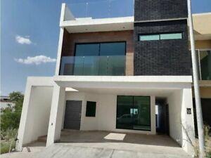 Casa nueva en venta en Cumbres Elite premiere Privada Vesubio