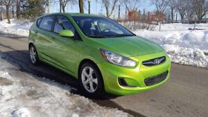 2013 Hyundai Accent tt equipee, propre, economique