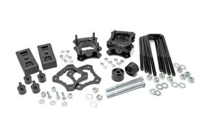 """Rough Country 2.5-3"""" Adjustable Lift Kit 2007-2020 Toyota Tundra. W/ Diff Drop"""