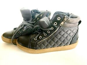 Juicy-Couture-Grey-Quilted-Satin-Fashion-High-Top-Sneakers-Women-8-Zip-Laces
