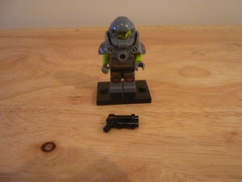 Lego Alien Avenger series 9 collectible series
