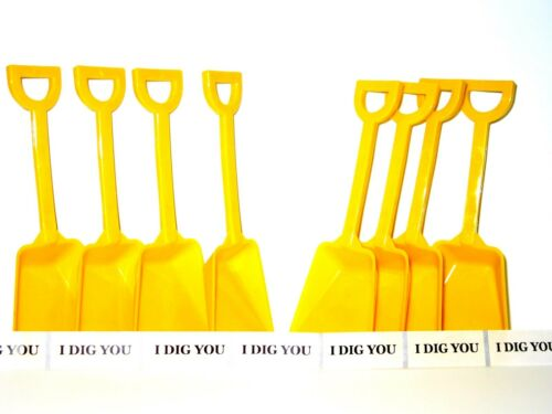 """48 Yellow Plastic Toy Beach Sand Shovels with 48 /""""I Dig You/"""" Stickers Mfg USA*"""